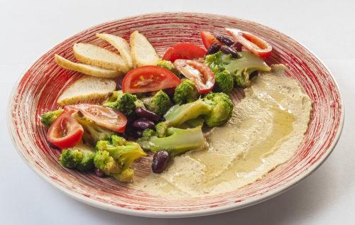 Салат з броколі та квасолею | Піццерія мрія