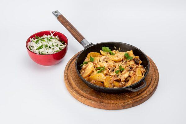 Картопля на сковороді з куркою та грибами | Піццерія мрія