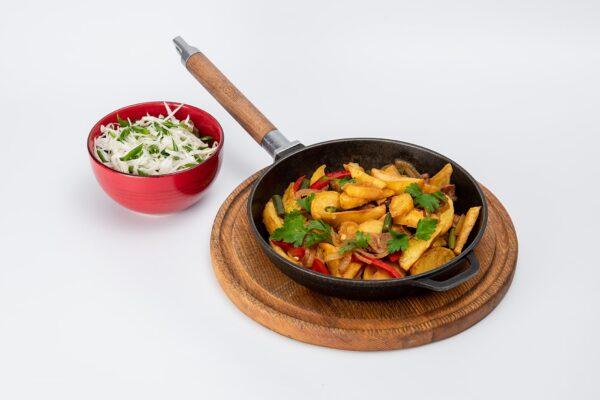 Картопля на сковороді зі свининою   Піццерія мрія